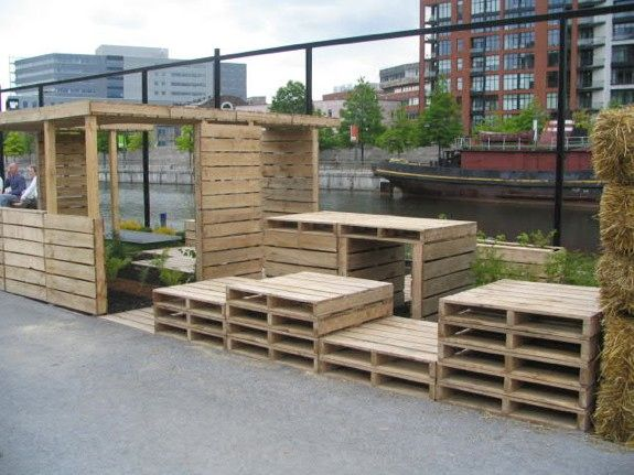 Cheap Backyard Landscaping Ideas 25 best cheap landscaping ideas on pinterest cheap landscaping ideas for front yard rope lighting and inexpensive landscaping Doug Green Shared This Today What A Creative Use Of Pallets And This Inexpensive Backyard Ideascheap Landscaping