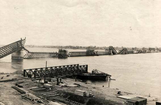 interesniy_kiev: Фото моста Аманда Струве