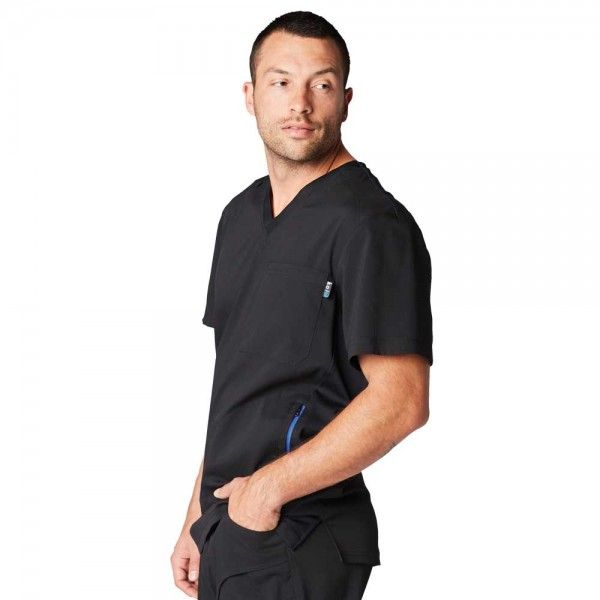 Koi Lite Men's Strength Top in Black. The Strength top is comfortable, durable and easy-care. The athletic style fabric is super stretchy and soft. £29.99  #menscrub #dentistscrub #nursescrubs #blackscrub