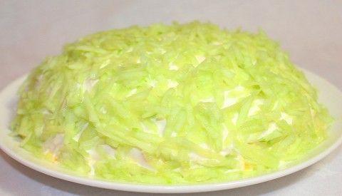 """Праздничный салат """"Дорогому Гостю"""""""