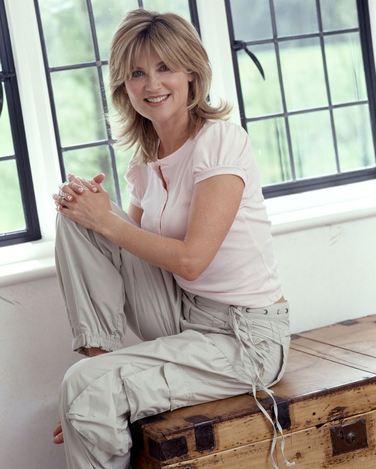Anthea Turner Some New Photos And Looking As Stunning As Ever