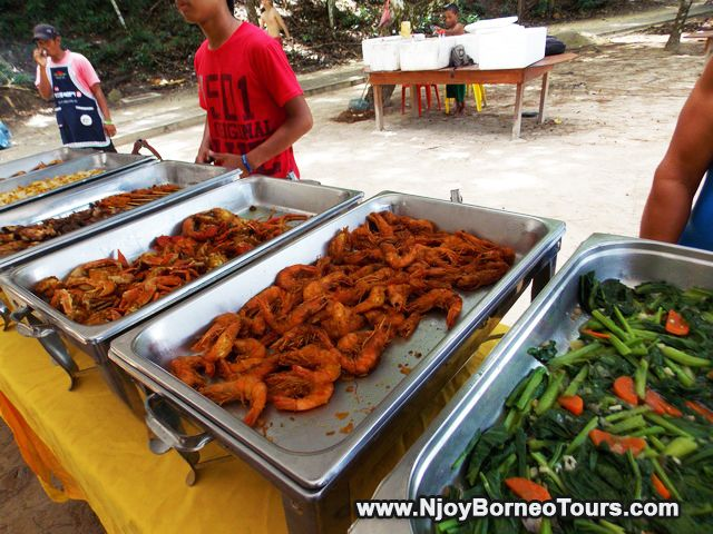 Appetizing lunch at Sapi Island