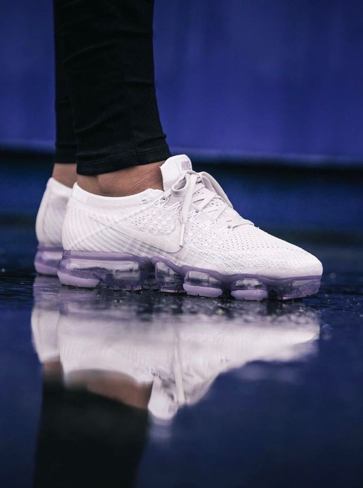 "NIKE AIR VAPORMAX FLYKNIT ""PLATINUM limitEDitionsWMNS"