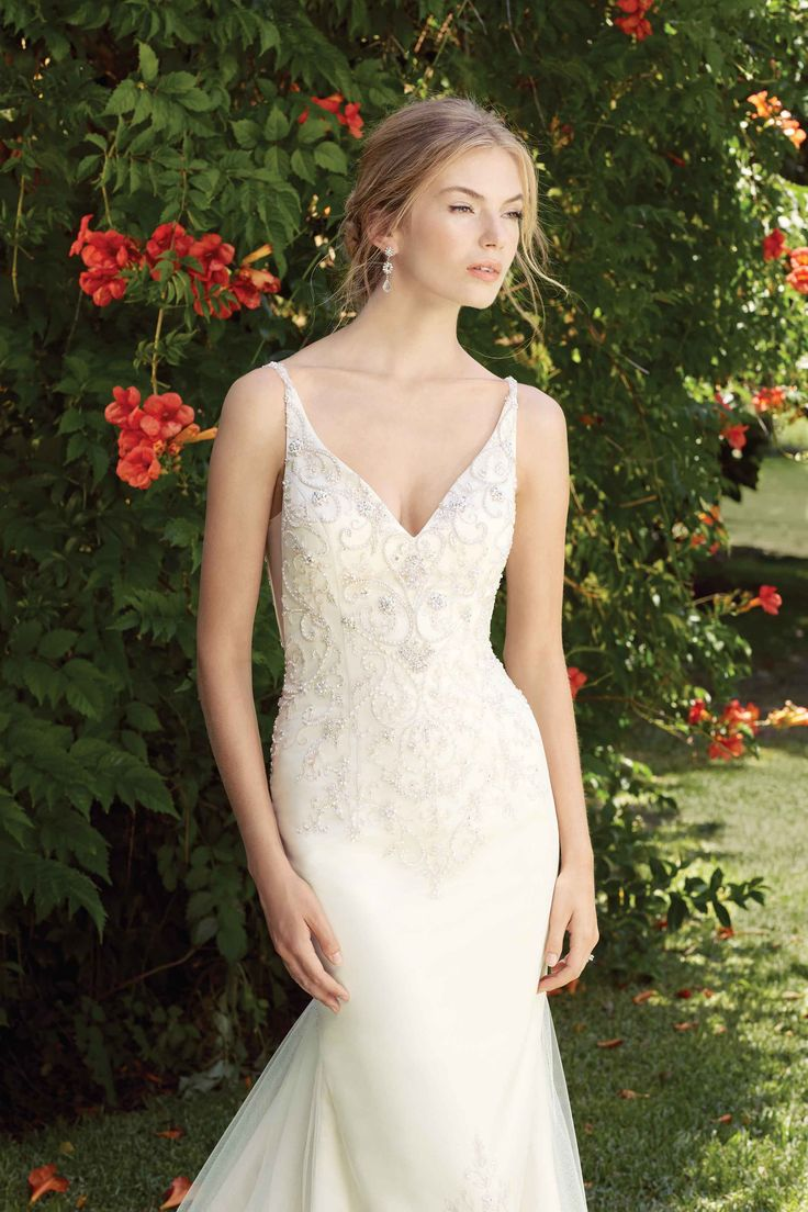 Bridal water lily 2226 wedding dresses photos brides com - Casablanca Bridal Gown Style 2280 Buttercup Small Scale Scrolling Patterns Of Beading And Embroidery