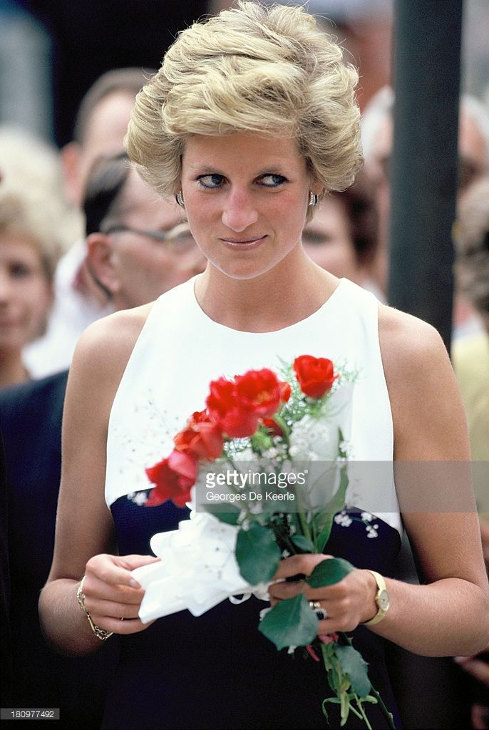 princess diana an important person of the century Princess diana is really important because without her the british royal family wouldn't be the way it is now.