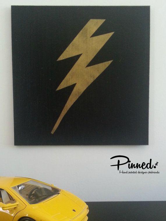 Lightning bolt design pinboard hand painted cork board by pinnednz #pinboard #corkboard #boysroom #superhero #comic #lightningbolt http://binaryoptions360review.com/