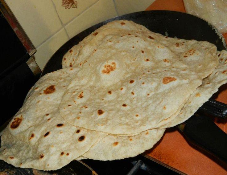 Tortillas de harina hechas a mano. Del norte de México - A la Mexicana -  #del #harina #hechas #mano #mexicana #Méx… | Tortillas de harina, Comida,  Comida mexicana