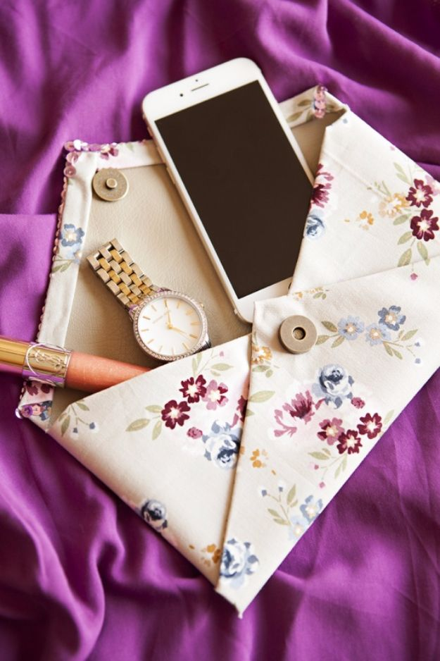 DIY Purses and Handbags - No-Sew Clutch - Homemade Projects to Decorate and Make Purses - Add Paint, Glitter, Buttons and Bling To Your Hand Bags and Purse With These Easy Step by Step Tutorials - Boho, Modern, and Cool Fashion Ideas for Women and Teens http://diyjoy.com/diy-purses