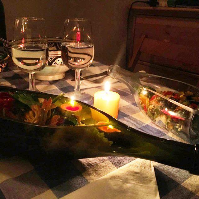 La bottiglia diventa un piatto romantico..solo con Boglasses. un clic per averla