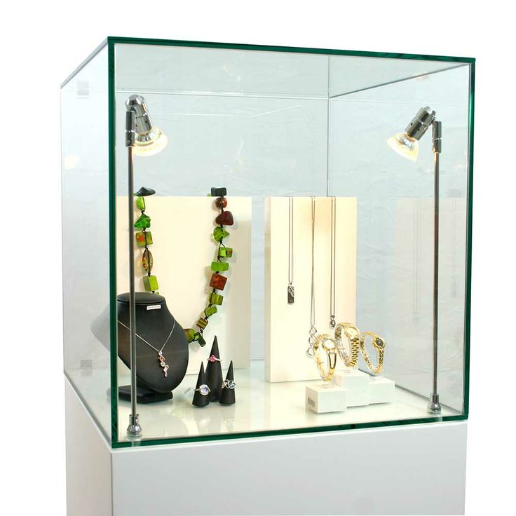Stunning Glass Display Cabinet Exhibition Plinths