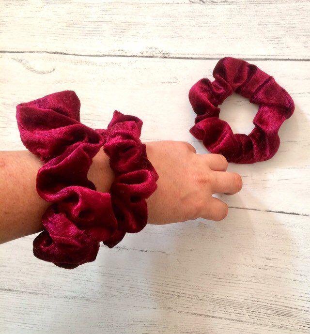 Scrunchie hair tie bobble velvet scrunchies 2 sizes regular large red new