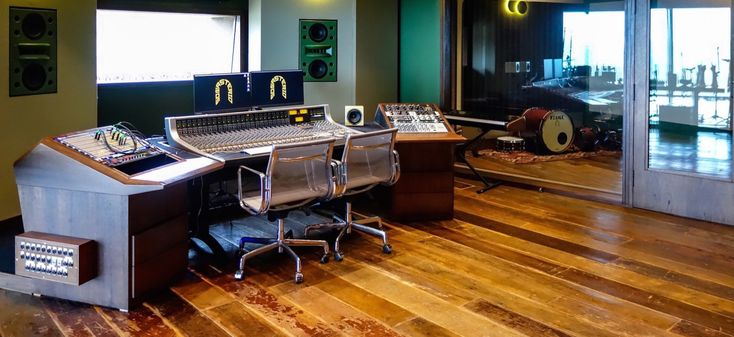 New SSL Studio Opens in Brazil. A new Brazilian destination studio, designed by WSDG, opted for an analog SSL console that could handle digital audio production.