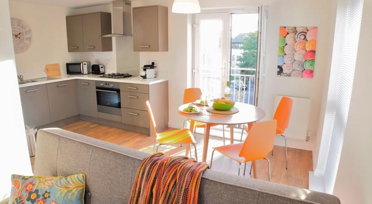 Apartment in The Hamptons Peterborough Apartment in The Hamptons offers accommodation in Peterborough, 5 km from Peterborough Magistrates Court and 6 km from Peterborough Central Library. The apartment is 6 km from Peterborough City Hospital.