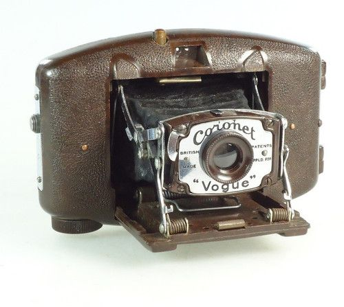 Bakelite Coronet Vogue Folding Camera