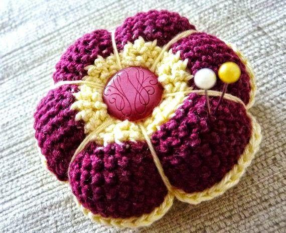 Todo crochet: Ideas para el día de la madre: alfileteros al crochet