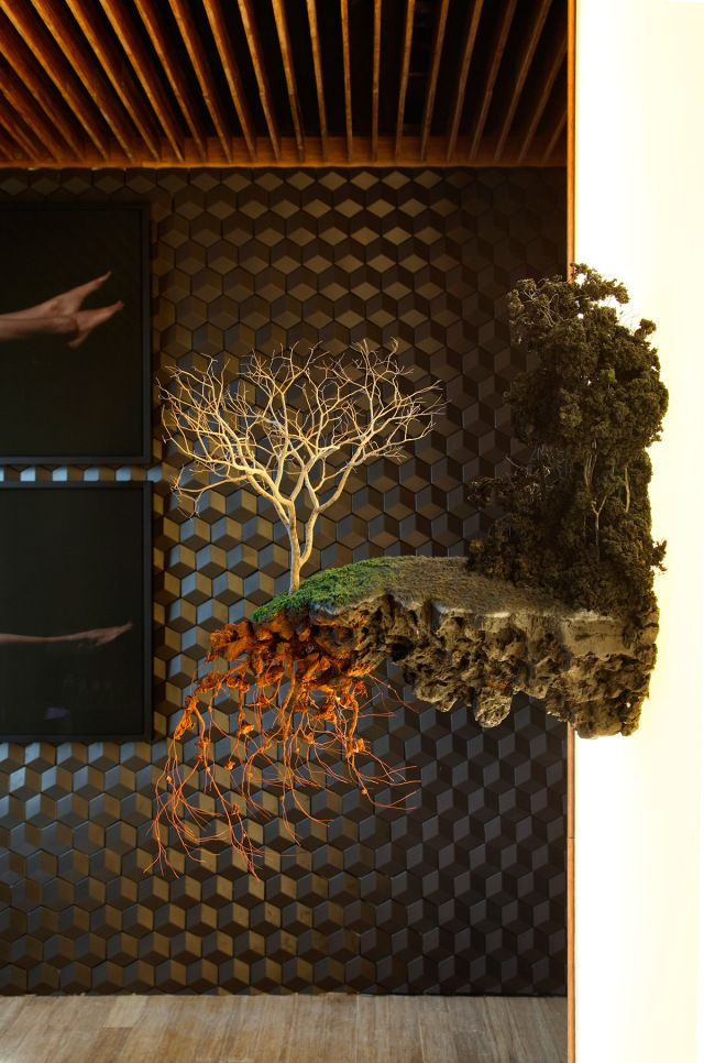 """""""Hotel Black"""" temporary installation by Studio Guilherme Torres at MostraBlack 2013 