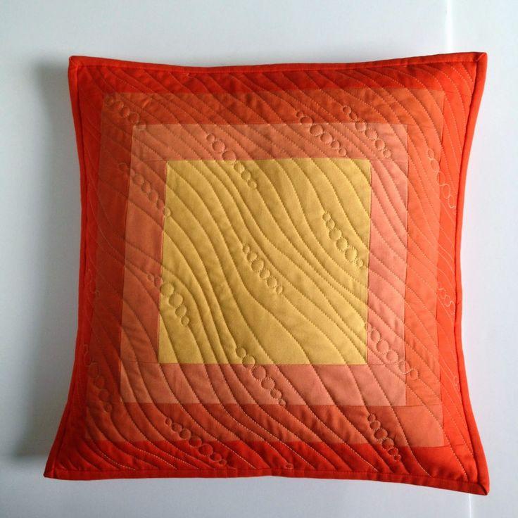 A Few Scraps: Gradient Pillow Tutorial