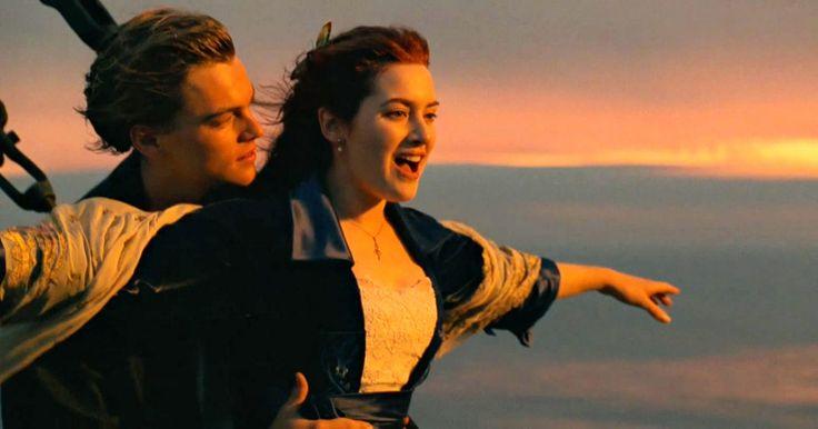 """La diferencia entre la película """"Titanic"""" y la historia real. Es bastante probable que hayas visto el film """"Titanic"""" de 1997, ya que es la segunda película con mayor recaudación de taquilla en la historia. A pesar de que contiene elementos de ficción, el historiador Ron Dalton le da una puntaje de fidelidad de 9 de un posible 10. James Cameron, el director del filme, investigó archivos y fotos del Titanic, ..."""