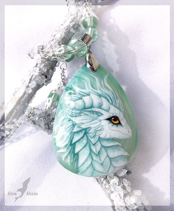 White Dragoness Stone - Agate stone, 3x4cm, glass beads. Painting is much smaller, than on photo!Painting is covered by a special lacquer for a damage protection.