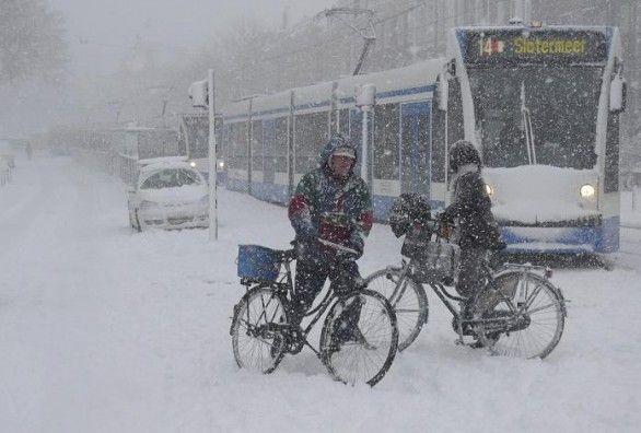 typically dutch...Amsterdam winter time