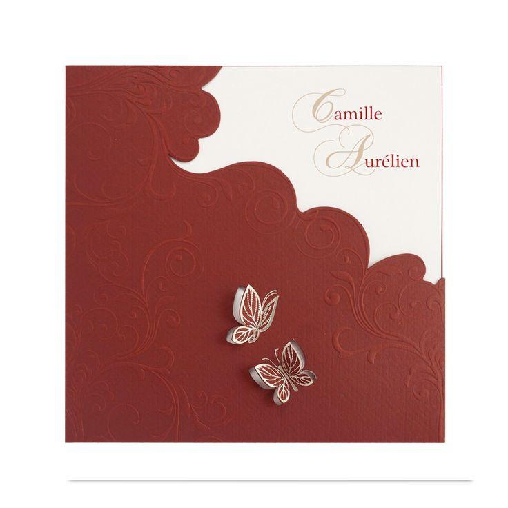 Edle Hochzeitseinladungen mit einem romantischen Schmetterlingsmotiv. Durchgefärbter Premiumkarton & edle Silberfolienprägung - sehr elegant! Online bestellen nur bei uns!