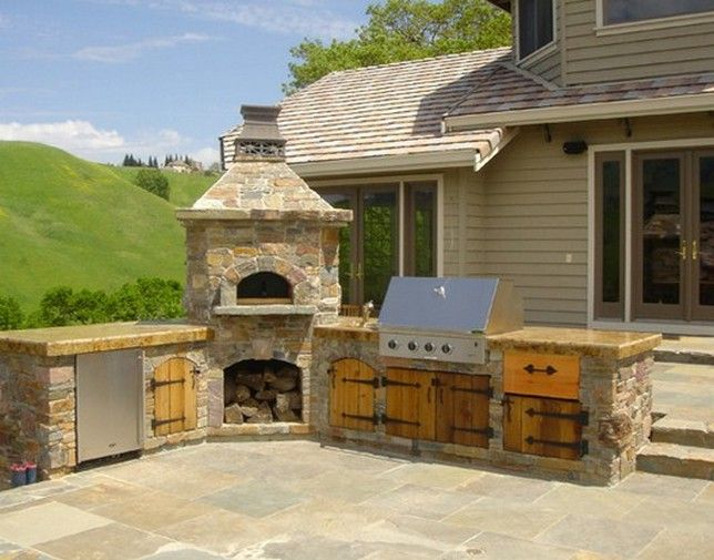 Wood-Doors-For-Outdoor-Kitchen-Design.jpg (644×505)
