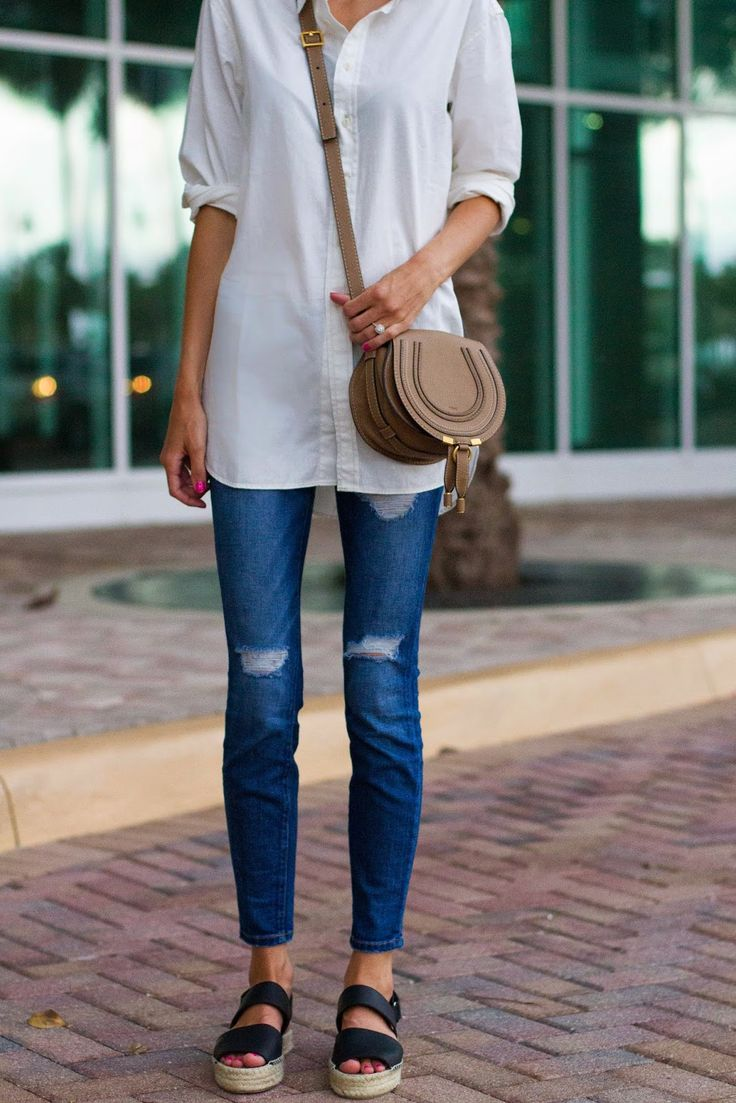 White button down tunic, distressed denim , espadrilles #madewell #nordstrom