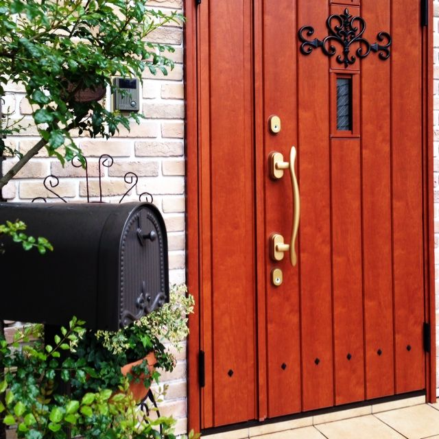 レンガの壁/シマトネリコ/ポスト周り/玄関ドア/玄関/入り口のインテリア実例 - 2014-04-22 22:21:46 | RoomClip(ルームクリップ)