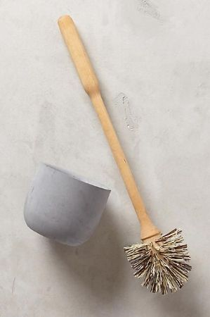 Zero waste solution for toilet brush. Repurposed bowl could be used.