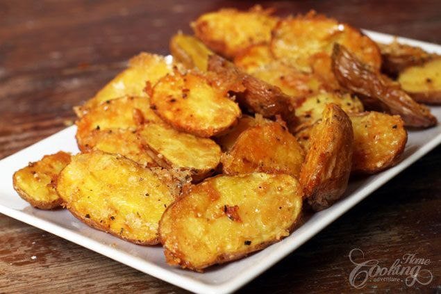 Parmesan Roasted Baby Potatoes // Nom, just made these.