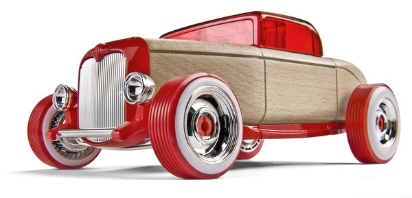 Automoblox Hot Rod HR1. ($96.00 NZD)  This big red machine has the lines of a classic hot rod. Equipped with chrome wheels, headlight buckets, and grill, this cruiser will really stand out in a crowd.