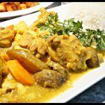 Köri soslu tavuk                      Kaç Kişilik: 4 Pişirme Süresi: 30 dk. Malzemeler: 5 parça kemiksiz tavuk göğsü, 1 çorba kaşığı sıvı yağ, 1 çorba …