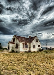 South Dakota prairieThunderstorms, Old Farms House, Summer Day, Dreams, Storms Cellars, The Farms, Tornadoes, Bridal Parties, Gold Wedding