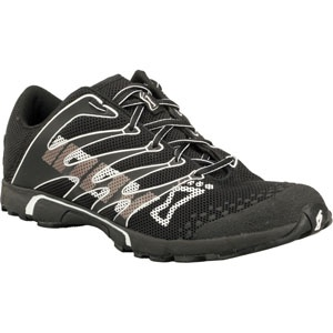 If you are a fan of cross fit workout like me, you will understand the importance of cross-fit specific footwear.