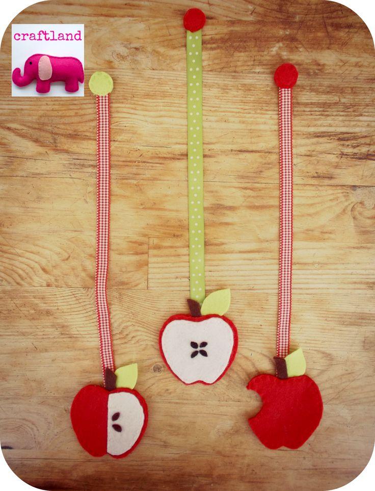 Felt apples bookmarks