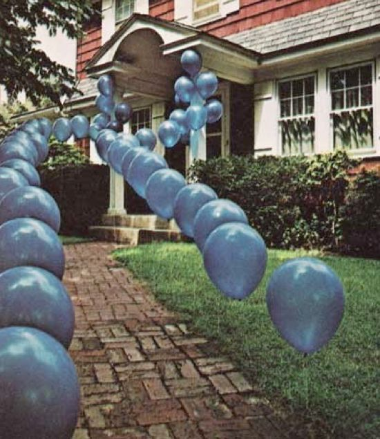 Start your party off right by creating an escalating walkway of balloons leading to the front door