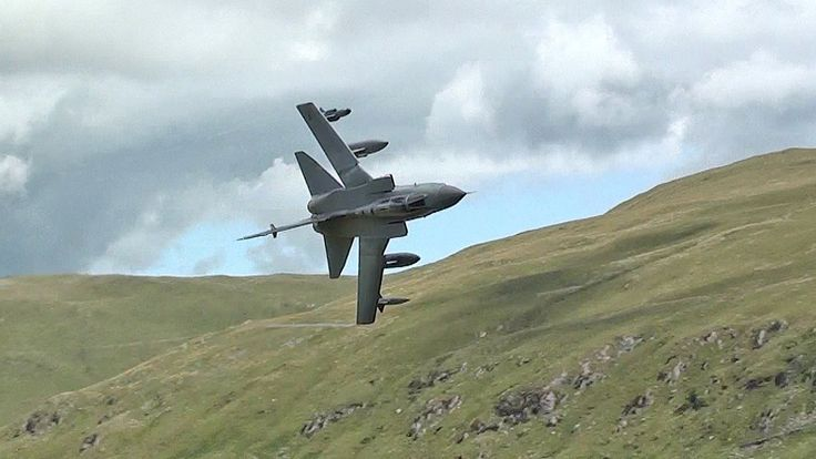 Awesome Ground Hugging Tornado Jet In The Welsh Mountains.