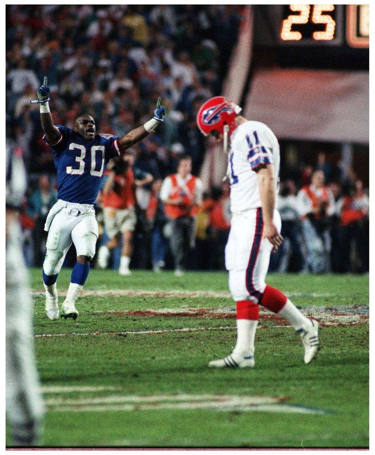 Scott Norwood reacts after missing a field goal that would have given the Buffalo Bills the victory in Super Bowl 25. Instead, the Giants took the title, winning a thriller 20-19. It was the first of four consecutive Super Bowl losses for the Buffalo Bills.