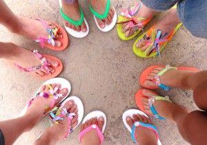 """Workshop """"Slippers pimpen"""" met kinderen bij de Knutselkantine"""