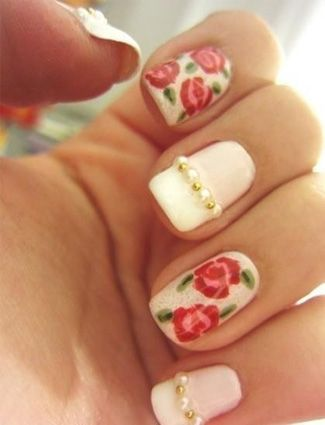 15 Must-Try Floral Manicures From Pinterest - Daily Makeover