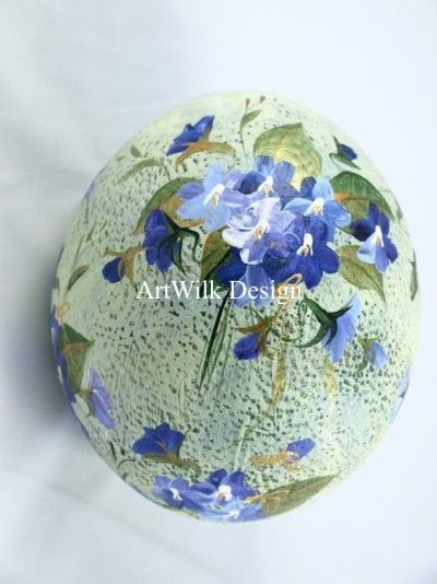 Ostrich egg hand painted by ArtWilk.pl