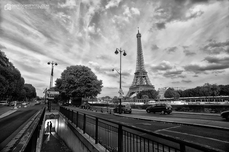Wieża Eiffla - Paryż - Francja plenerowa sesja ślubna www.grzegorzpytel.com