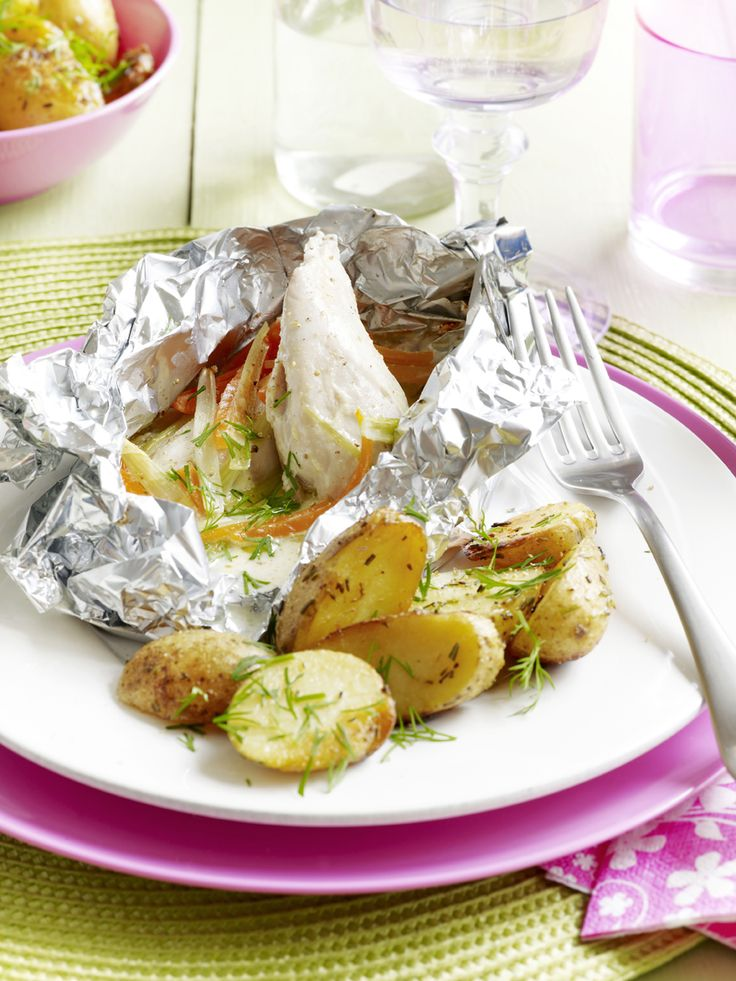 Een overheerlijke papillot met kip en groenten, die maak je met dit recept. Smakelijk!