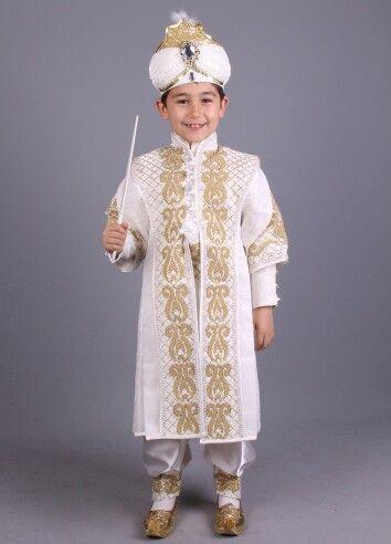 Lale krem altın şehzade sünnet kıyafetleri 0212 909 32 31 www.sunnetcarsisi.com