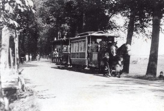 Erik Swierstra  -  ca.  1920, paardentram van Amsterdam naar Sloten, langs de Slotervaart