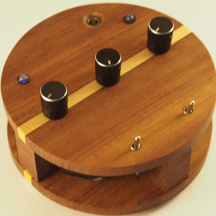 The Kepler 9d circuit bend synth, this is a one of a kind instrument.