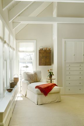I could curl up with a book here: Chairs, Book Nooks, Interiors Design, Beautiful Interiors, Reading Corner, Reading Nooks, Good Book, Bedrooms, Built In Dresser