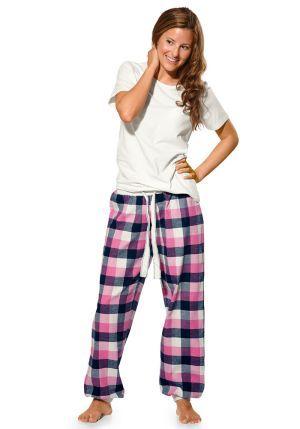I love those pyjama pants :)