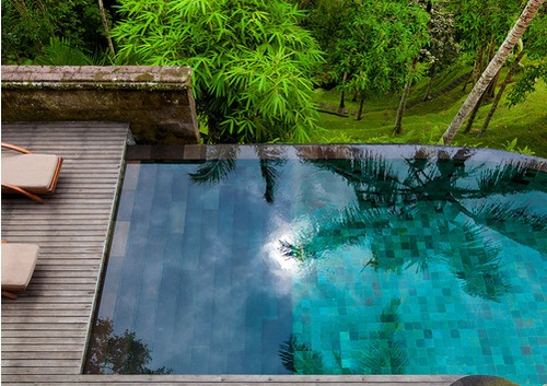 infinity pool - stairs