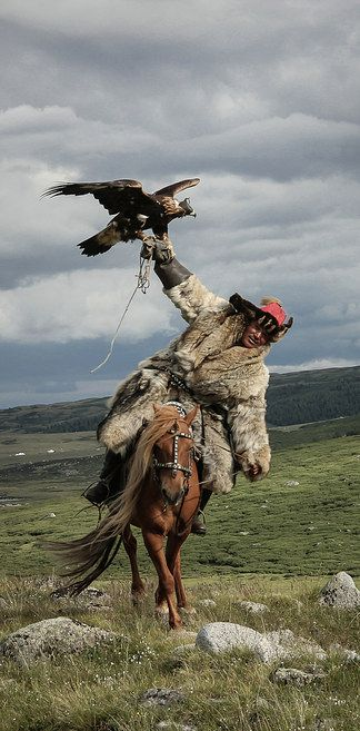 """The Art of Eagle-Hunting"" by Lisa Vaz, Portugal 
